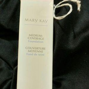 Mary Kay Medium Coverage Foundation